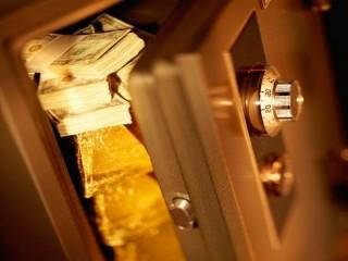 Сколько денег можно хранить в сейфах?